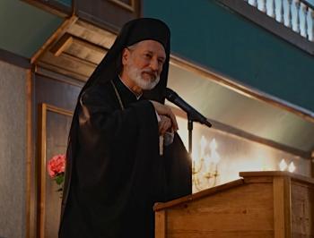 His Grace Bishop Irinej, speaking at the benefit gala (photo: Eastern Diocese of America, Serbian Orthodox Church)